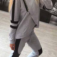 Zipper Decorated Grey Two Piece Activewear