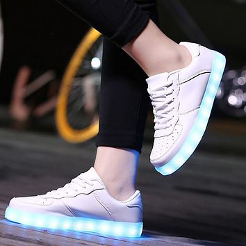 Fashion Women&Men Luminous Sneakers Led Shoes Casual Glow