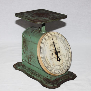 Vintage Landers Frary & Clark Universal Household Scale, Kitchen Scale