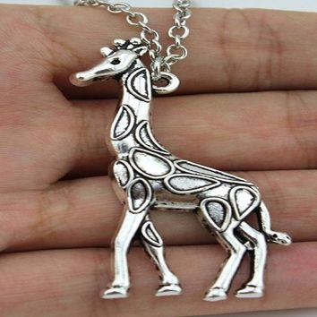 Vintage Silver Plated Giraffe Pendant Necklace