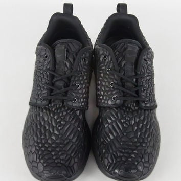 NIKE WOMENS ROSHE ONE DMB BLACK BLACK – BLENDS