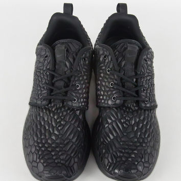 757921d8136e NIKE WOMENS ROSHE ONE DMB BLACK BLACK – from BLEND