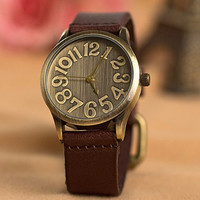 Nostalgic big dial neutral watches/leather strap watches/men and women can wear