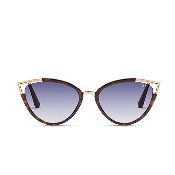Quay Hearsay Tortoise Sunglasses / Navy Lenses