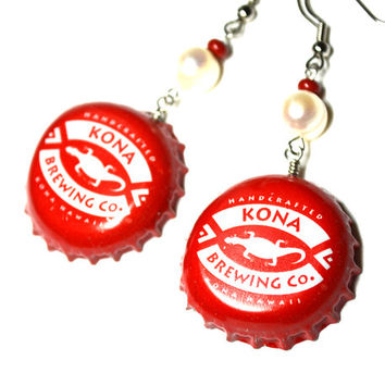 Kona Brewing Co. Bottle Cap Earrings Recycled Lizard Bottle Lid Beer Caps Dangle Freshwater Pearl Earrings Red and White Steel Ear Wires