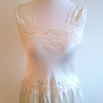 Vintage white satin nightgown - long embroidered floral nightdress - cream bridal lingerie - romantic wedding night gown