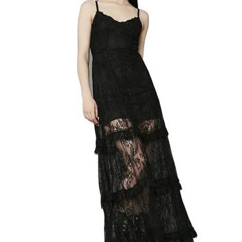 Temple Of Love Lace | MAXI DRESS