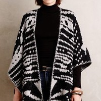 White and Warren Jacquard Blanket Poncho in Grey Size: One Size Sweaters