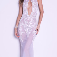 GENY GOWN IN WHITE