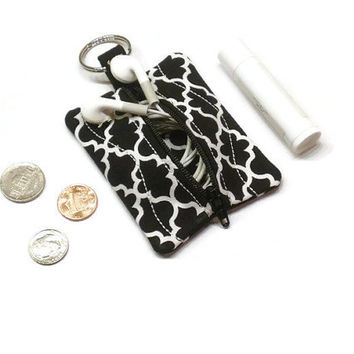 Black Quatrefoil coin purse, change bag, small zippered pouch, earbuds holder case, pouch key chain, 10 gift idea, lip balm holder