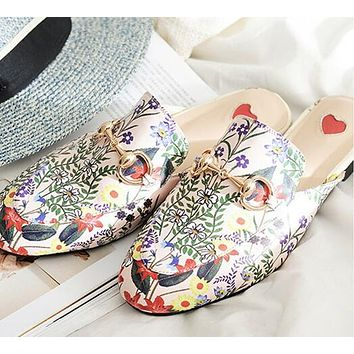 GUCCI Trending Women Tiger Head Embroidery Apricot Floral Print Casual Cute Slippers Sandals Shoes