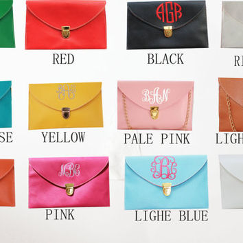 Clutch,Monogram Clutch,monogram purse,monogram bag,handbag,clutch purse,Envelope purse,wedding gift,purse,Bridesmaid package,monogrammed