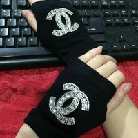 Chanel Fashion Rhinestone Gloves I