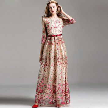 New 2018 Fashion Runway Maxi Dress Women's elegant 3/4 Sleeve Floral Embroidery Vintage Party Long Dress High Quality