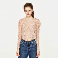 CROPPED T-SHIRT WITH LACE