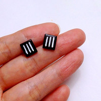 GUO GUO'S- Paramore Ear stud / Ear post / Handmade polymer clay Earrings / Made to order