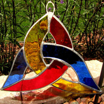 Stained Glass Trinity Sun Catcher/Light Catcher  ~ Celtic Knot Sun Catcher ~  Abstract Lawn Ornament  ~ 6.75 X 6.75 X 7 Inches