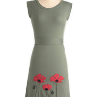 Planting Poppies Dress | Mod Retro Vintage Dresses | ModCloth.com