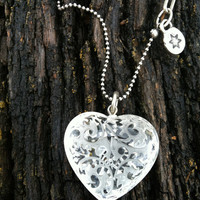 Resin heart pendant  , Long necklace  ,  Gift for girlfriend , Handmade jewelry