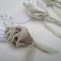 Custom fabric flower boutonnieres for weddings, proms - handmade ooak bouts mens boutonnieres bridal party accessories boutonniere