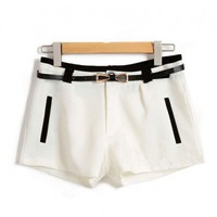 Contrast Tailored Shorts with Vertical Jet Pockets