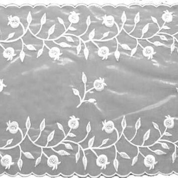 Table Runner Pomegranate White Silver