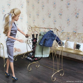1/6 scale Metal cloth rack stand for dolls (Blythe, Barbie, Momoko, 12'' Fashion dolls).
