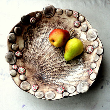 Shell Fruit Bowl, Whimsical Stoneware Serving Bowl with shell decoration, Brown color