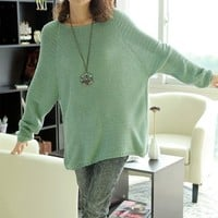 Loose Bat Sleeve Hollow Sweater Green