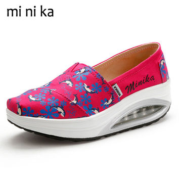 MINIKA Dolphin Canvas Women Flat Shoes Breathable Platform Women Flats Casual New 2017 Summer Ladies Swing Boat Shoes SNE-799