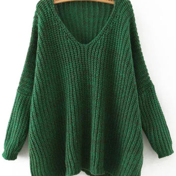 Green V-Neck Batwing Sleeve Sweater