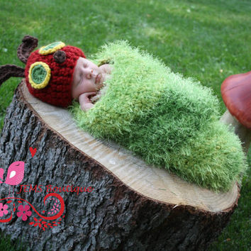 Very Hungry Caterpillar Beanie and Cocoon Set - Photography Prop - Crochet Hat - Crochet Very Hungry Caterpillar Cocoon
