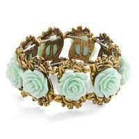 ModCloth Fairytale Retro Rosie Bracelet in Mint