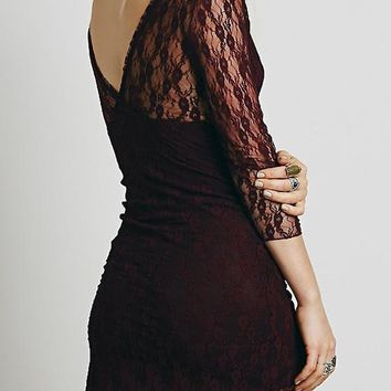 Dark Red Patchwork Hollow-out Lace Plunging Neckline Mini Dress