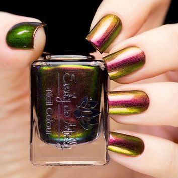 Emily de Molly Dusks Remaining Light Nail Polish
