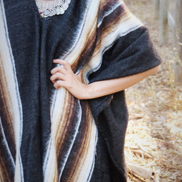 Poncho Stripe V Neck