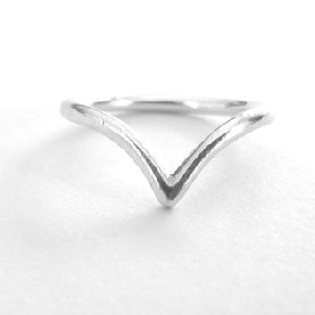 Thin Silver Chevron Ring - Sterling Silver Band - V Ring