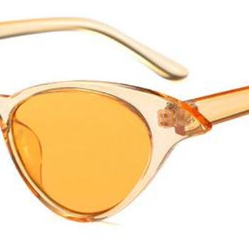 Catty Girl Sunglasses Vintage Style - Clear Yellow