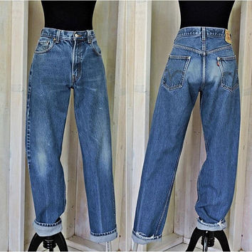 Vintage Levis 505 jeans / 33 X 34 size 9 / 10 / high waisted / straight leg / regular fit / womens boyfriend jeans / mens retro jeans