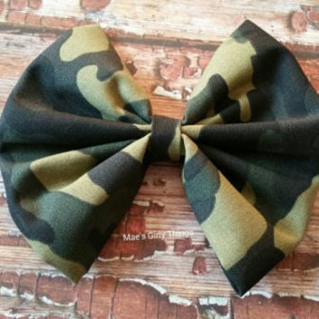 Simple military, army green, camo hair bow, extra large, fabric hair bow, for teens children and adults