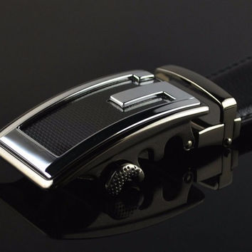 Stylish Black Genuine Leather Belt with the G Buckle