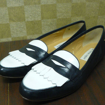 SALE Two Tone Navy and White Etienne Aigner Classic Loafers Flats Sz 8