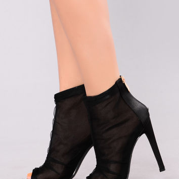 All Day Mesh Bootie - Black