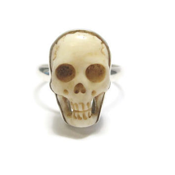Vintage Sterling Carved Bone Human Skull Ring Size 7.5