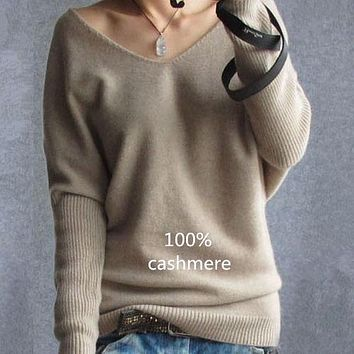 2018 Spring autumn cashmere sweaters women fashion sexy v-neck sweater loose 100% wool sweater batwing sleeve plus size pullover