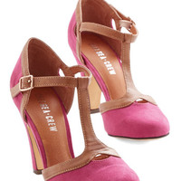 Chelsea Crew Vintage Inspired No Limit on Lovely Heel in Magenta