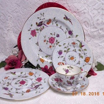 Birds of Paradise by Crown Staffordshire Bone China Birds w/flowers 5 Pc Place s