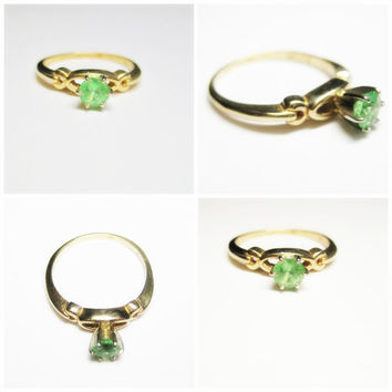 Emerald Engagement Solitaire Ring Size 7.5 Vintage 14K Yellow Gold