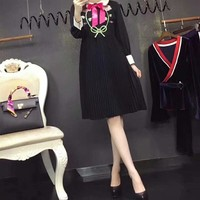 Gucci Women Temperament Fashion Flower Tiger Head Embroidery Bow Lapel Multicolor Long Sleeve Pleated Dress