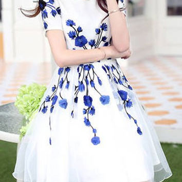 White Floral Print Short Sleeve Chiffon Dress